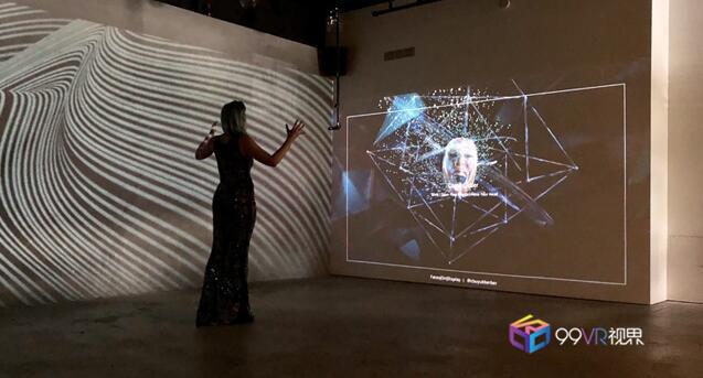 Adobe与苹果联手举办AR艺术展会